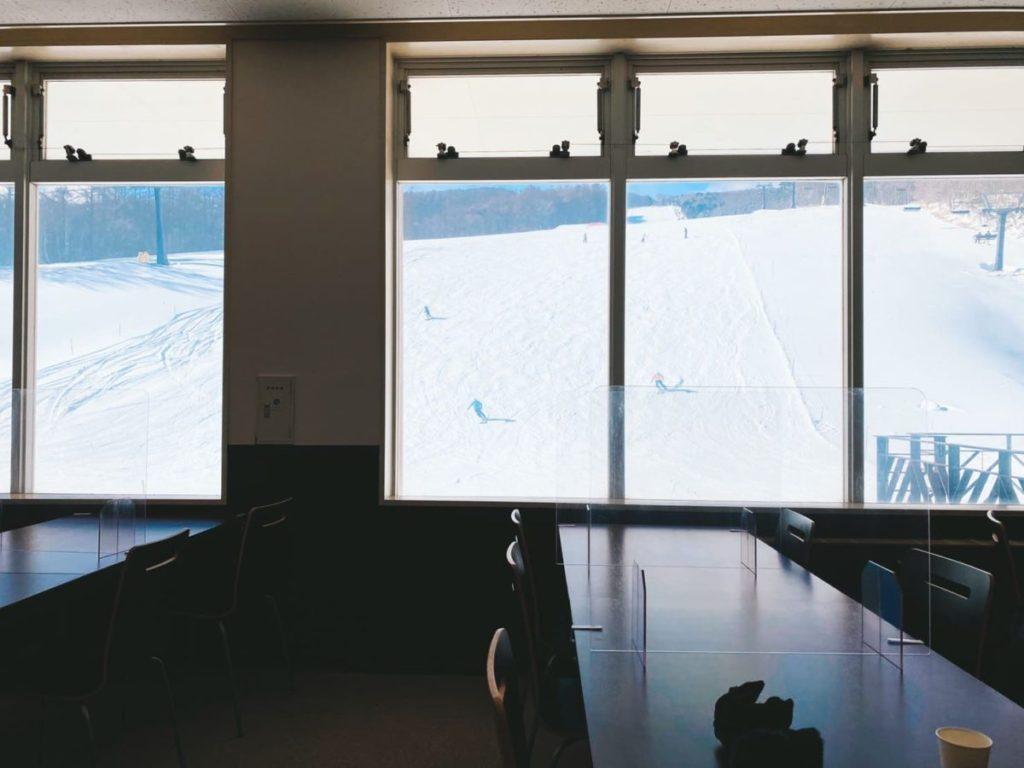 マウントジーンズ那須のレストランからの風景